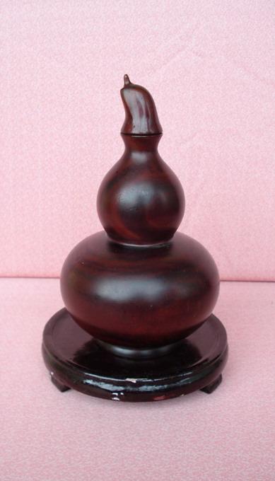 描金嵌螺钿纹老木雕葫芦