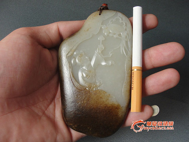 来件狠的 玉雕大师作品 新疆和田籽玉原石雕刻 戏鹦鹉图片