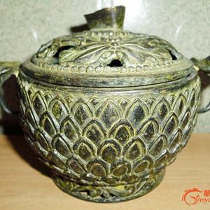 绝美的铜香炉