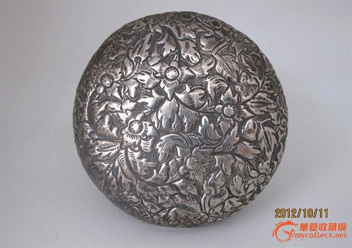 清末民国;银雕花卉盖盒