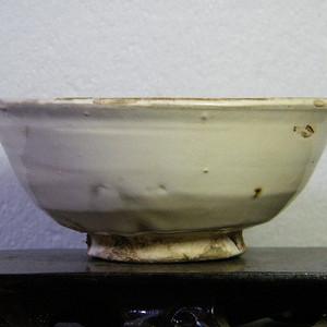 宋代甜白釉碗