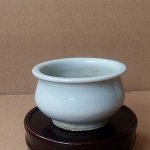 清代德化窑青白釉香炉