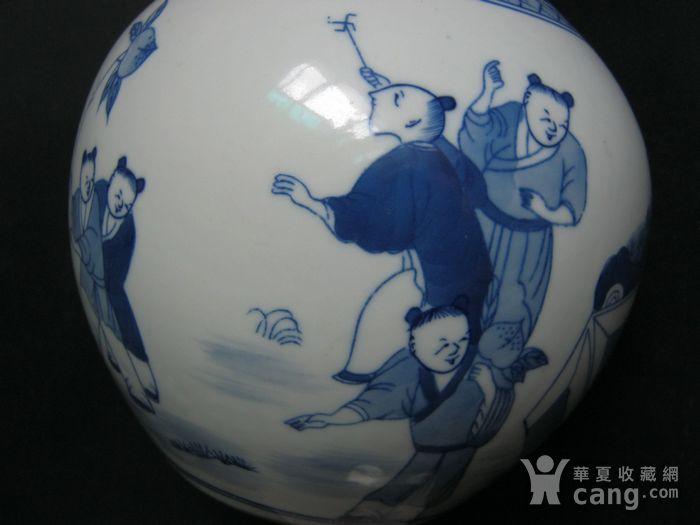 大清康熙  青花人物天球瓶图3