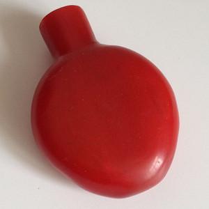 清代红套料鼻烟壶