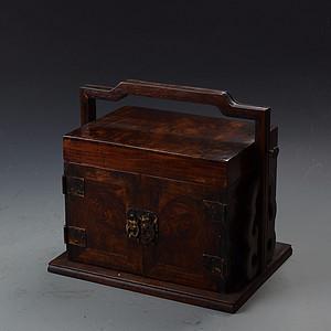 花梨木满鬼脸纹 提盒式抽拉珍宝箱