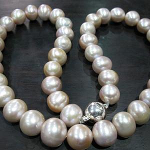 珍珠项链 粒粒包满硕大