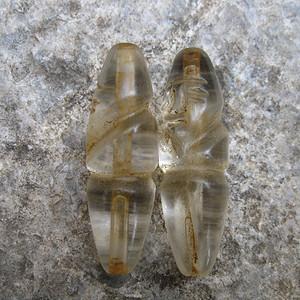 水晶雕人纹对珠