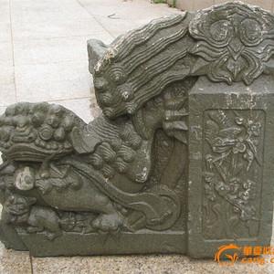 雕刻漂亮青石狮子摆件