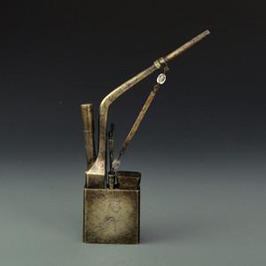 白铜精品浮雕风景烟袋收藏品