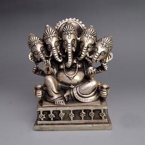 白铜精品浮雕象鼻佛摆件收藏品