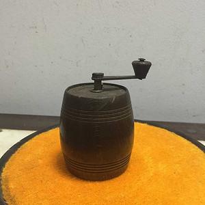 牛角花椒器