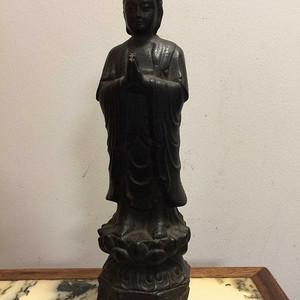 清代紫檀佛像