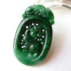 缅甸天然A货翡翠~ 满绿龙雕吊坠