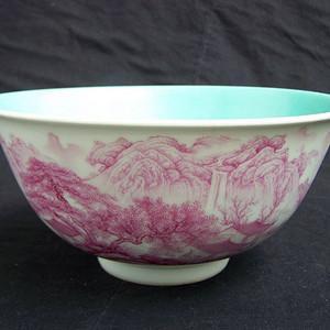 清代乾隆款矾红山水文白釉大碗