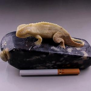 联盟 寿山石 蜥蜴捕食图