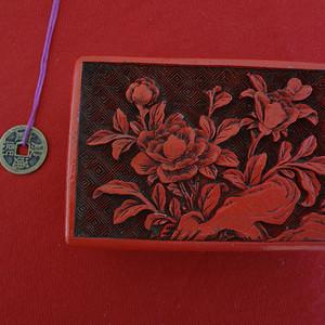【金牌】【337】晚清木胎花卉纹剔红方盒