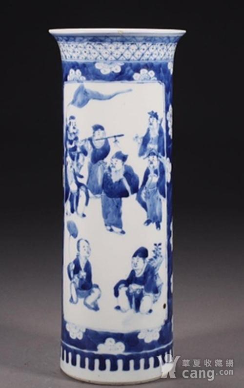 清朝八仙青花筒瓶图1