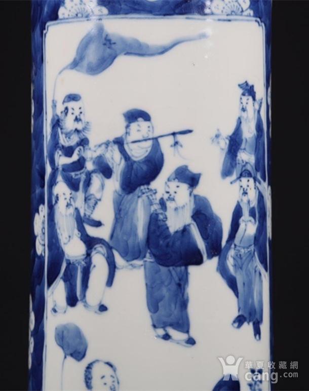 清朝八仙青花筒瓶图4