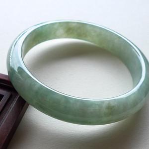 A货翡翠冰糯种手镯45.09g
