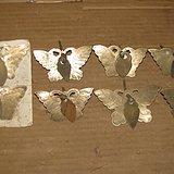 8个刻花铜蝴蝶