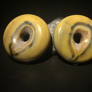 宣化战国红玛瑙同料大面包圈(一对)