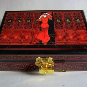 漂亮的珠宝首饰盒 漆器