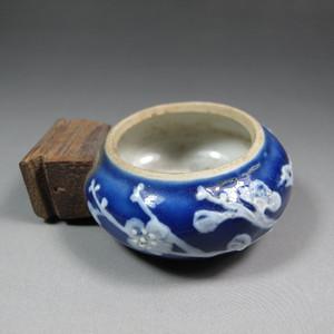 清代荠蓝堆瓷花鸟鸟食罐
