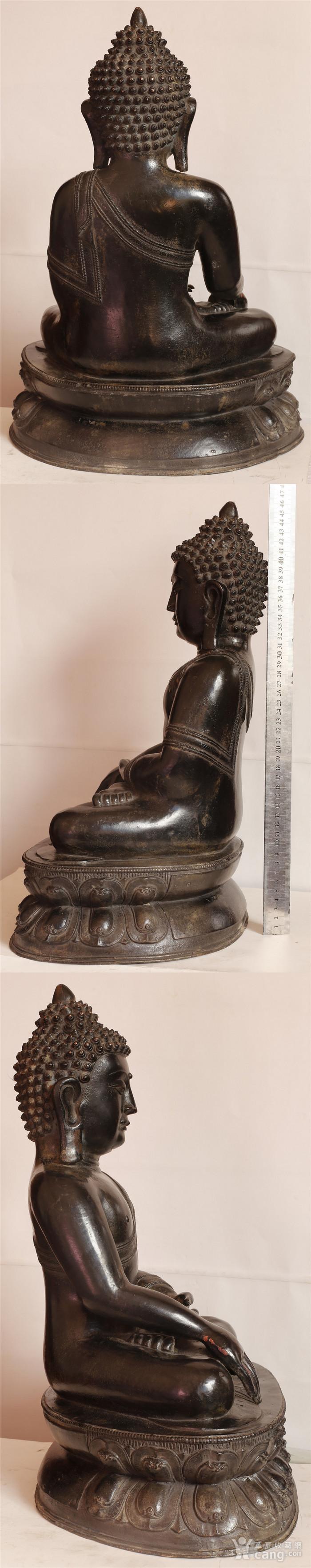 重33斤高47厘米  清中期释迦摩尼铜佛像图4