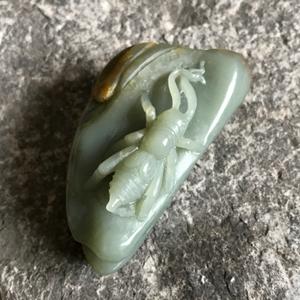 【掌中雅趣】天然新疆和田玉青玉籽料蟋蟀