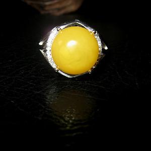 纯银镶嵌原矿蜜蜡戒指 (2号)