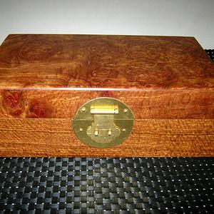 (联盟)花梨带影子文房盒珠宝盒