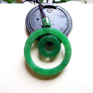 天然A货翡翠老坑水润满绿子母扣