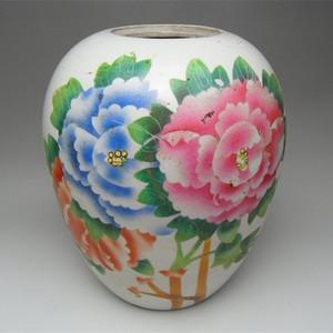 59.民国~粉彩牡丹花卉冬瓜罐
