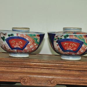 日本瓷盖碗一对