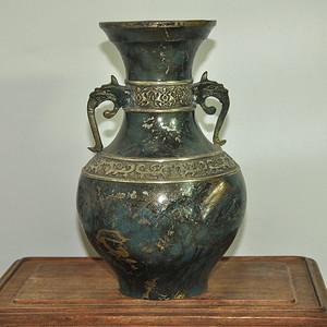 日本铸花铜瓶