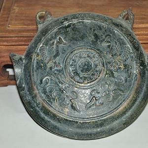 日本铸花铜鼓