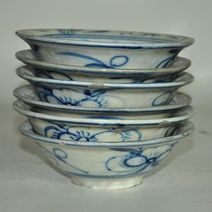 青花瓷碗六个