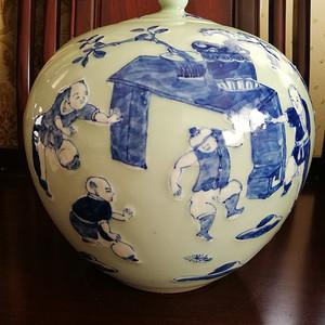 (联盟)清代豆青釉婴戏图青花盖罐
