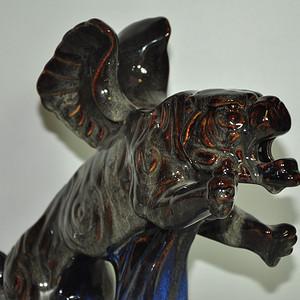 博山瓷塑飞虎