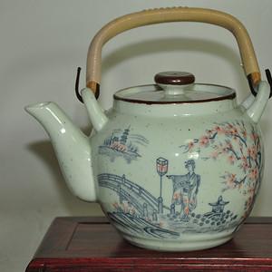 日本瓷茶壶