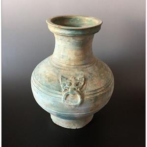 【高古传奇】汉 双狮俯首绿釉旋纹大罐