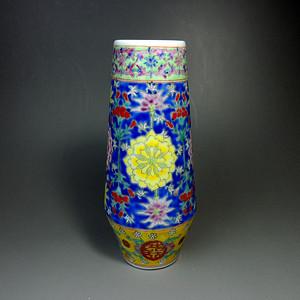 【老】粉彩花卉纹橄榄瓶!