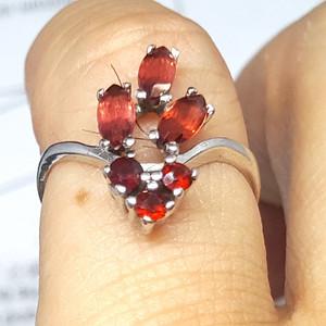 【精品】19世纪欧洲芬达石老银戒指