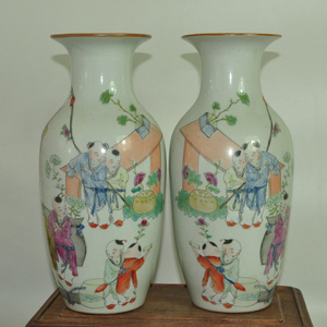 80年代厂货粉彩瓷瓶