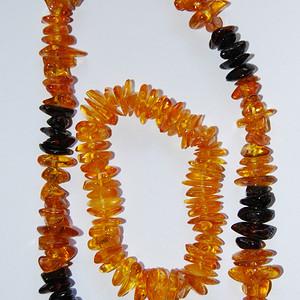 【金牌】天然 老琥珀项链,手链一套