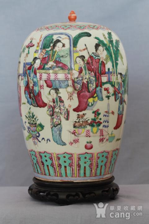 【季度大拍】清同治细路粉彩冬瓜罐-带木底座