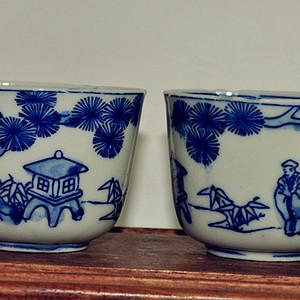 日本青花茶杯两个