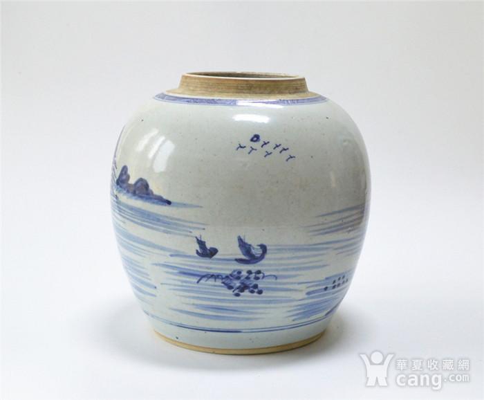 清早 青花通景山水人物罐图3