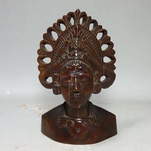 民国木雕人物半身像