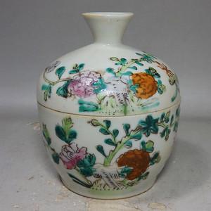 清代粉彩花卉绘画参罐